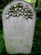 picture of Laurie Lee's tombstone